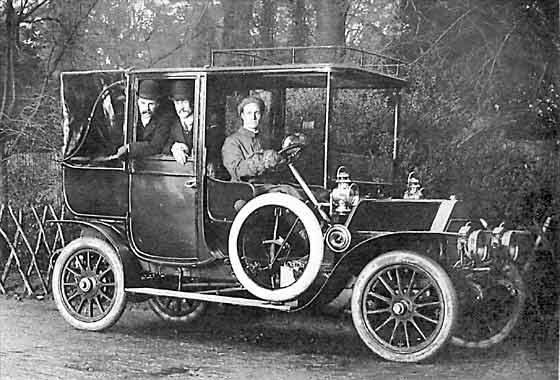 http://www.svvs.org/genpics6/1910_Belsize_Landaulet_Taxi.jpg
