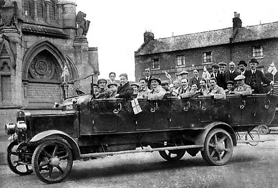 http://www.svvs.org/genpics6/1913_Bristol_C50_Charabanc.jpg