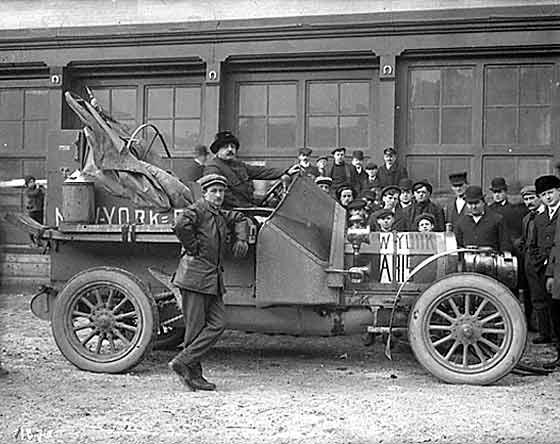 http://www.svvs.org/genpics7/1908_Zust_New_York_to_Paris.jpg