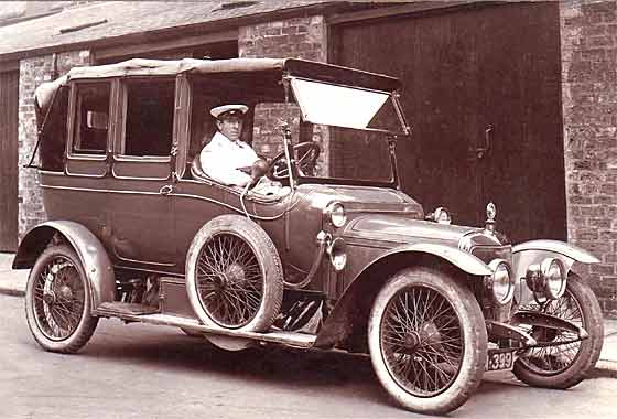 http://www.svvs.org/genpics8/1913_Panhard_Levassor_Coupe_Chauffeur.jpg
