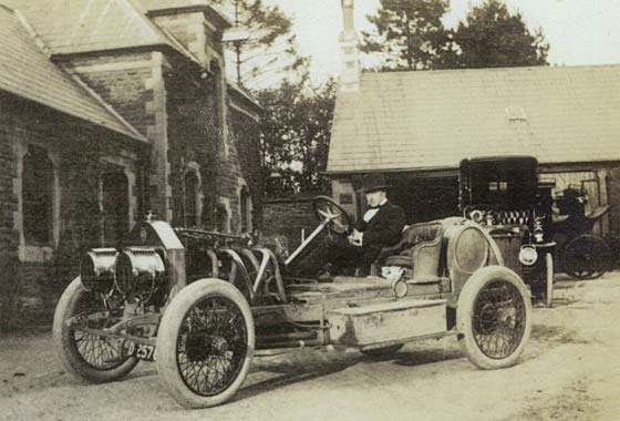 1907_Darracq_Grand_Prix_car.jpg